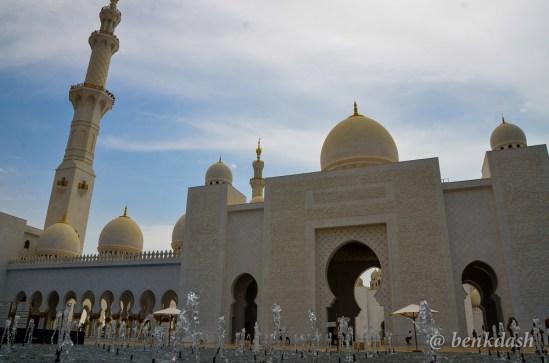 Sheikh Zayed Grand Mosque Abu Dhabi 3