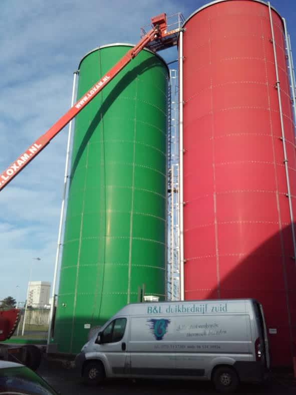 Inspectie van een sprinkler tank van heineken en amstel