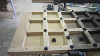 Repair-Care Wiederherstellung Unterstück Kirchentüre eingesetztes Holz mit Repair Care
