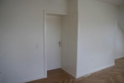 Zimmertüre in Weißlack mit Sonderausführung Verkleidung