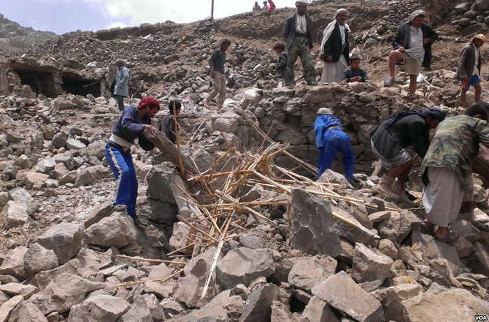 "UN: Most Syrians stayed in Aleppo after gov't recapture; Yemeni ""children are witnessing death, war and destruction"""