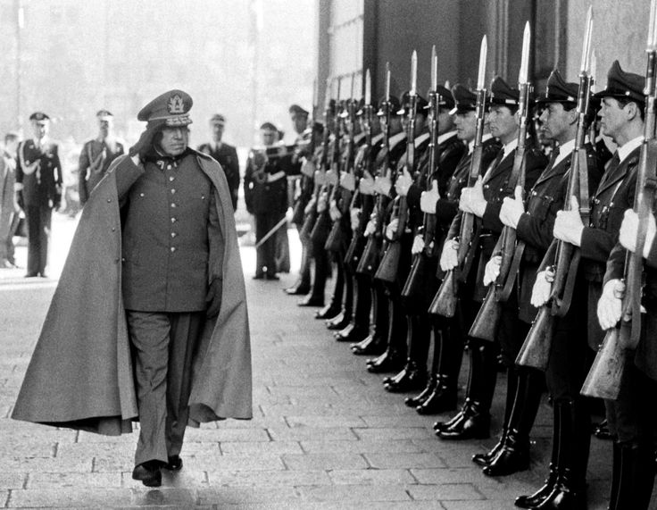 pinochet soldiers