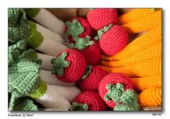 Knitting vegetables is also art