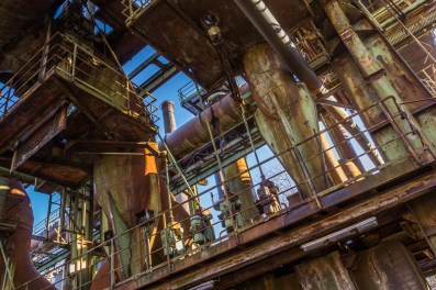 Rusty tubes IV