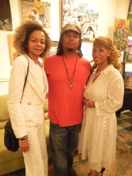 Bryant with Promoters, Brenda & Peggy Andrus.
