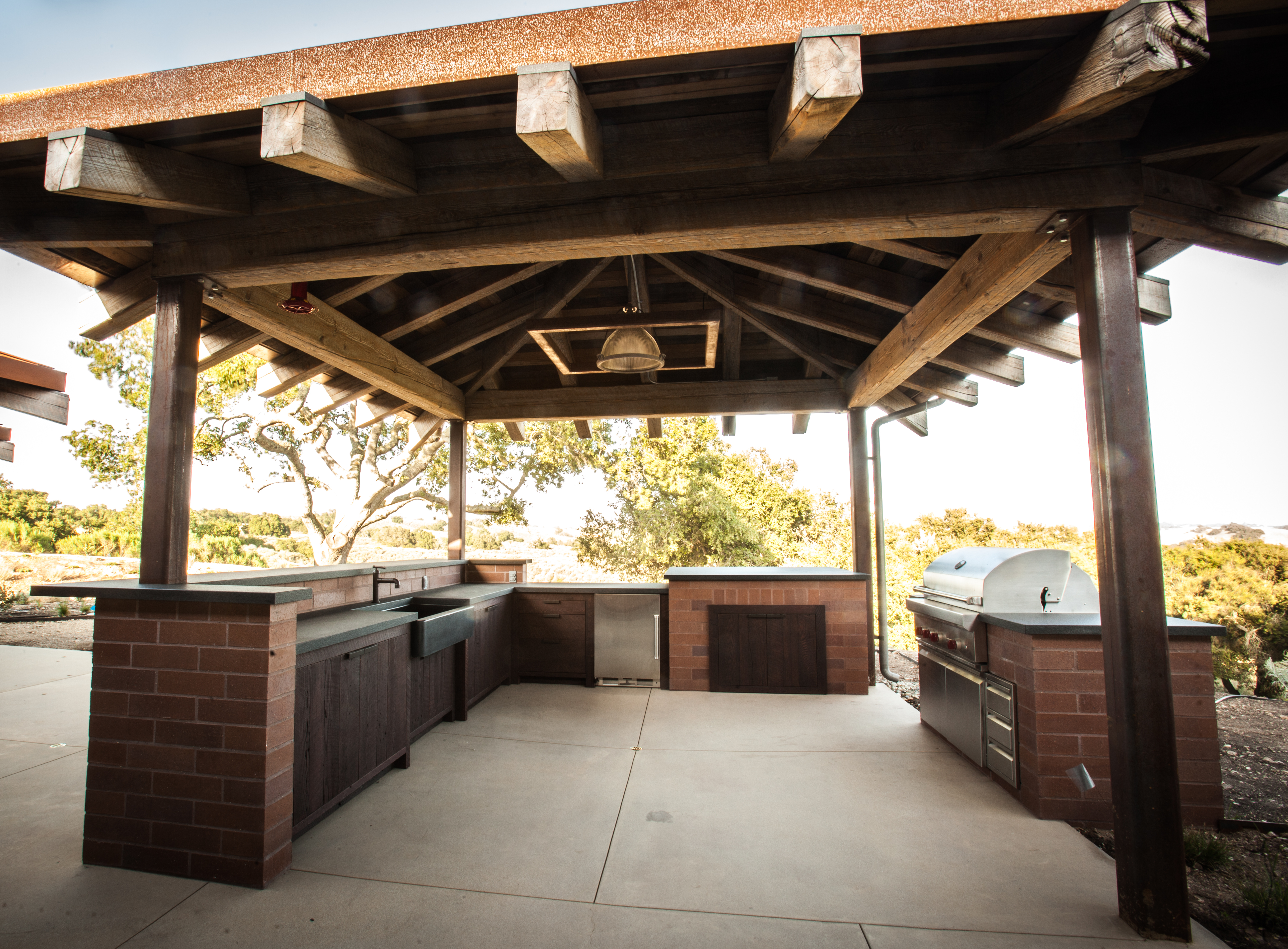 rustic outdoor kitchen quartz top table kitchens pictures to pin on pinterest