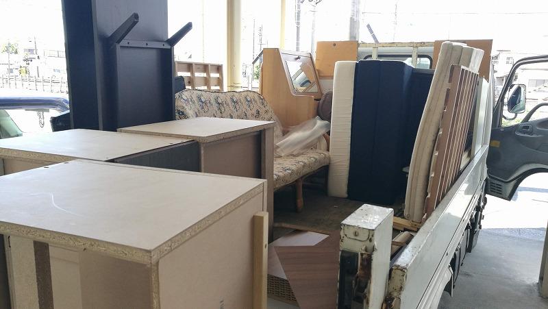 つくば市、遺品整理で家具のみ回収です。いろいろな種類の遺品整理がありご依頼主様に合わせオーダーメイド可能