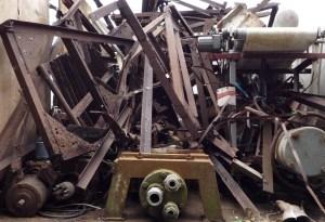 不用品回収、鉄屑