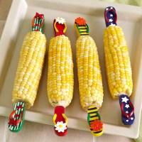 10 Corny Corn Cob Holders