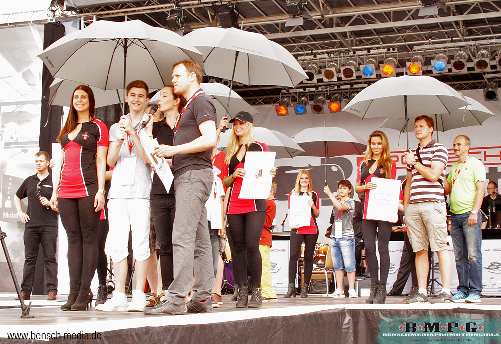 1000 Jahre Leipzig Porsche Familienfest Gridgirls PromotionBensch Media