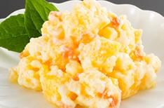 魚卵のサラダ和え