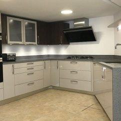 Kitchen Showrooms Black Mat Rugs In Ipswich Chelmsford Benfleet Canterbury Bentons Showroom