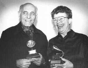 Sir Georg Solti and Margaret Hillis showing their Grammy Awards. Credit csoarchives.wordpress.com