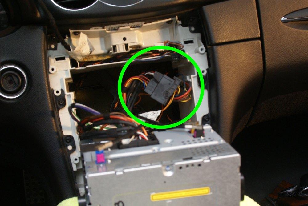 medium resolution of w203 stereo wiring