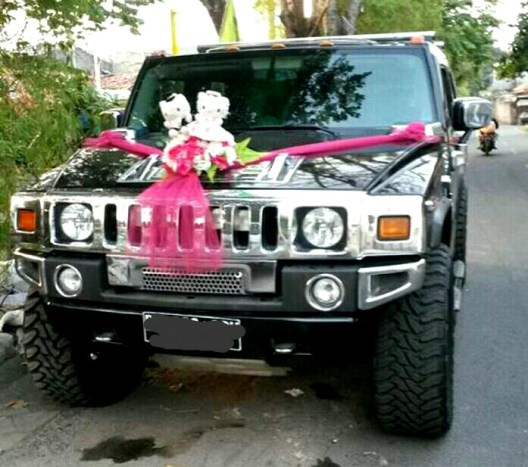 Rental Humvee wedding car