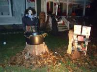 43+ Thrilling Outdoor Halloween Decoration ~ BE ON TRACK