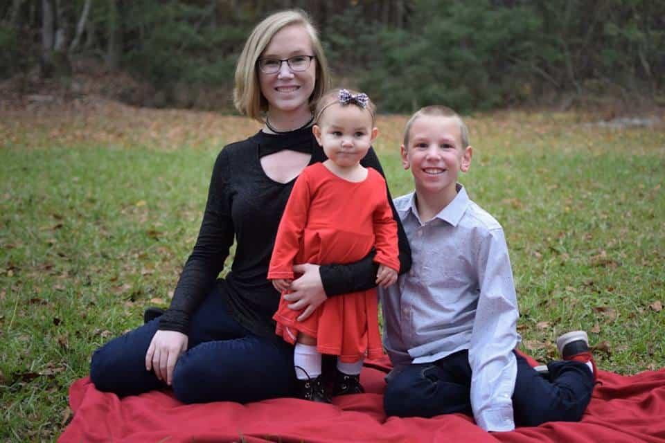 three kids siblings christmas photo