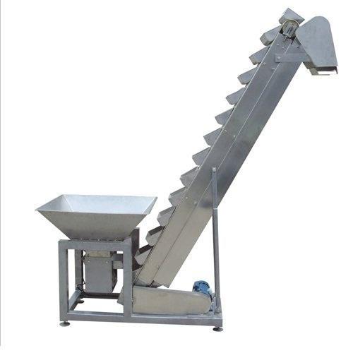 - bucket conveyor 500x500 - Apa Saja Jenis Flexible Conveyor yang Bisa Dibeli Tanpa Impor?