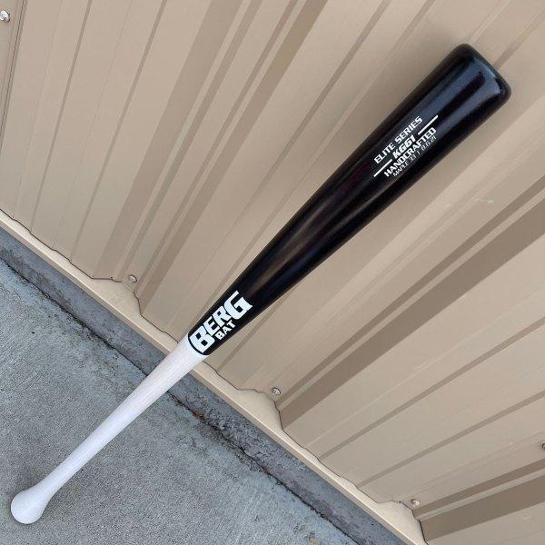 33″ – Maple – KG61 – Black / White / White trim
