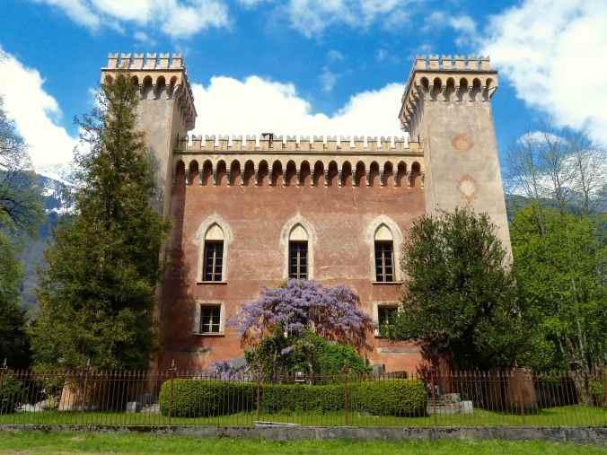 Irritierende Fassade im Bergell: der Palazzo Castelmur