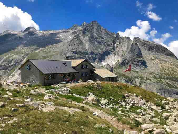 Grossartige Lage, noch bessere Aussicht: die Albigna-Hütte
