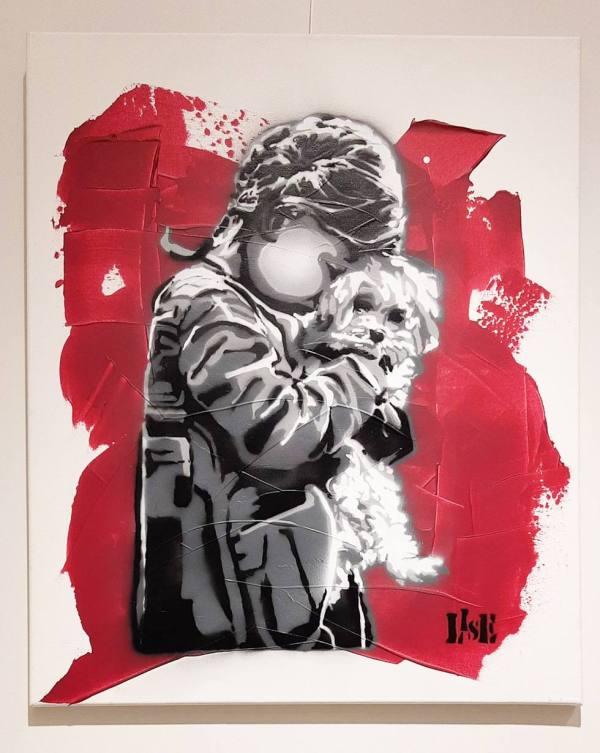 Jente med hund - Rød
