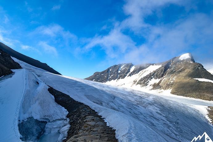 Kurze Gletscherquerung.