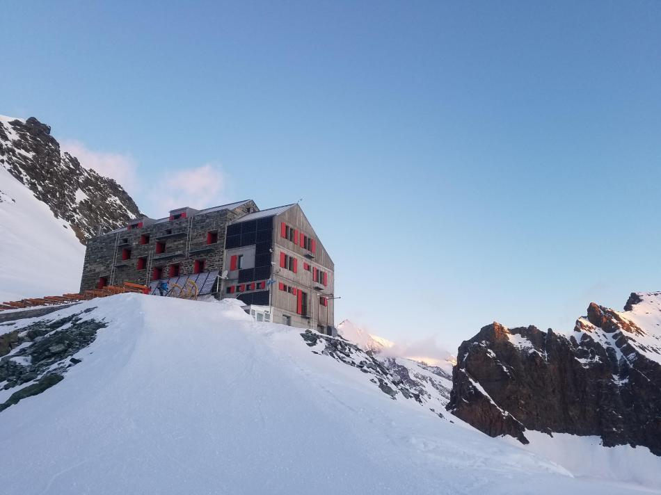 Britanniahütte, Strahlhorn Skitour