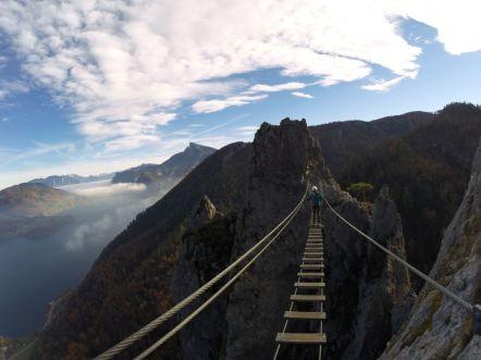 Atem anhalten auf der Hängebrücke.