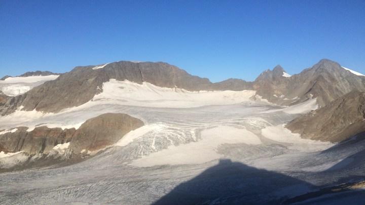 Becherhaus (3195m) und Sonklar (3471m)