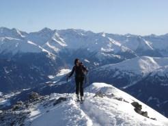 Christine am Grat vor dem Gipfel