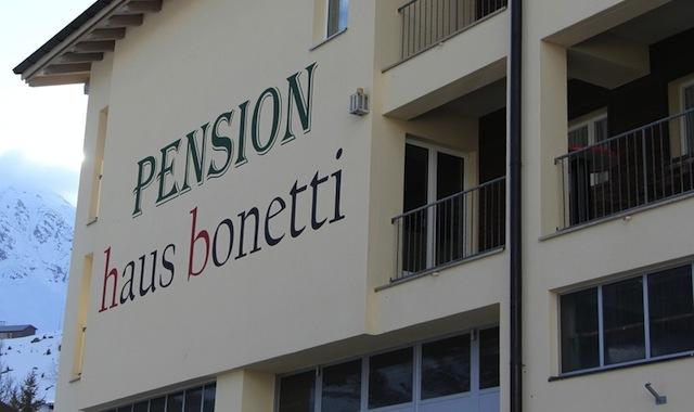 Andermatter Pension wird zu Personalhaus von Luxushotel