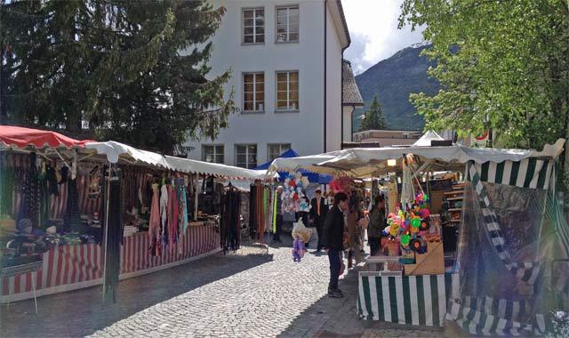 Traditioneller Jahrmarkt in Andermatt