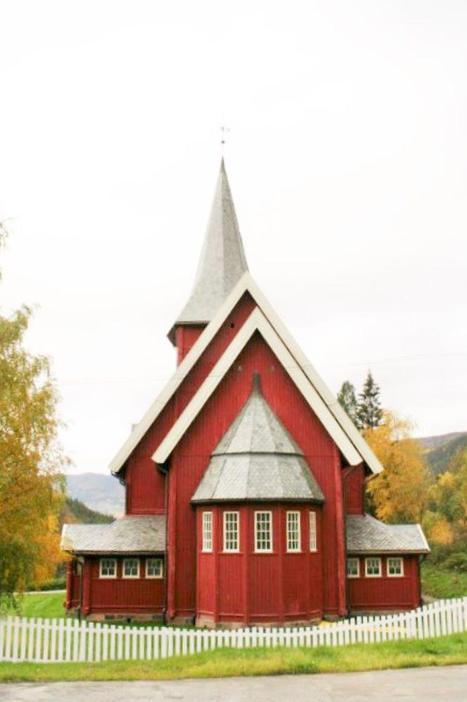 Hol kyrkje