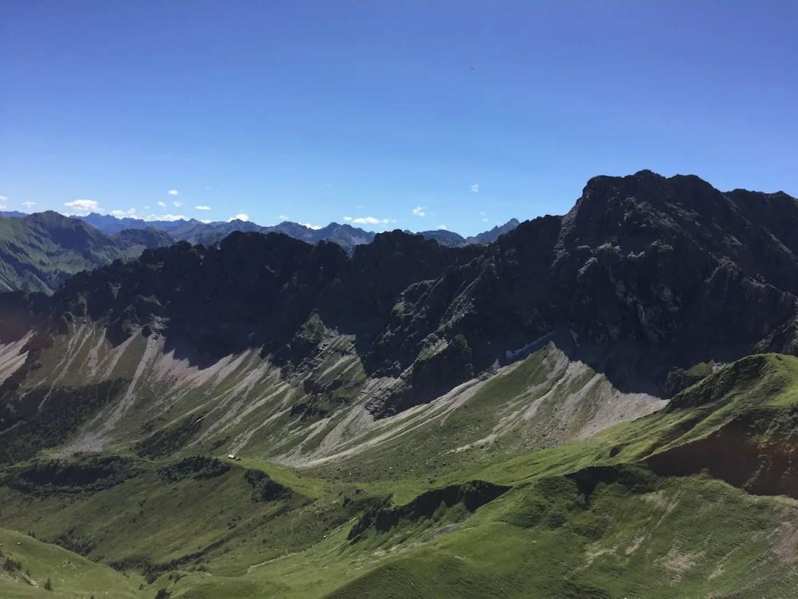 Gipfelpanorama an der Heubatspitze