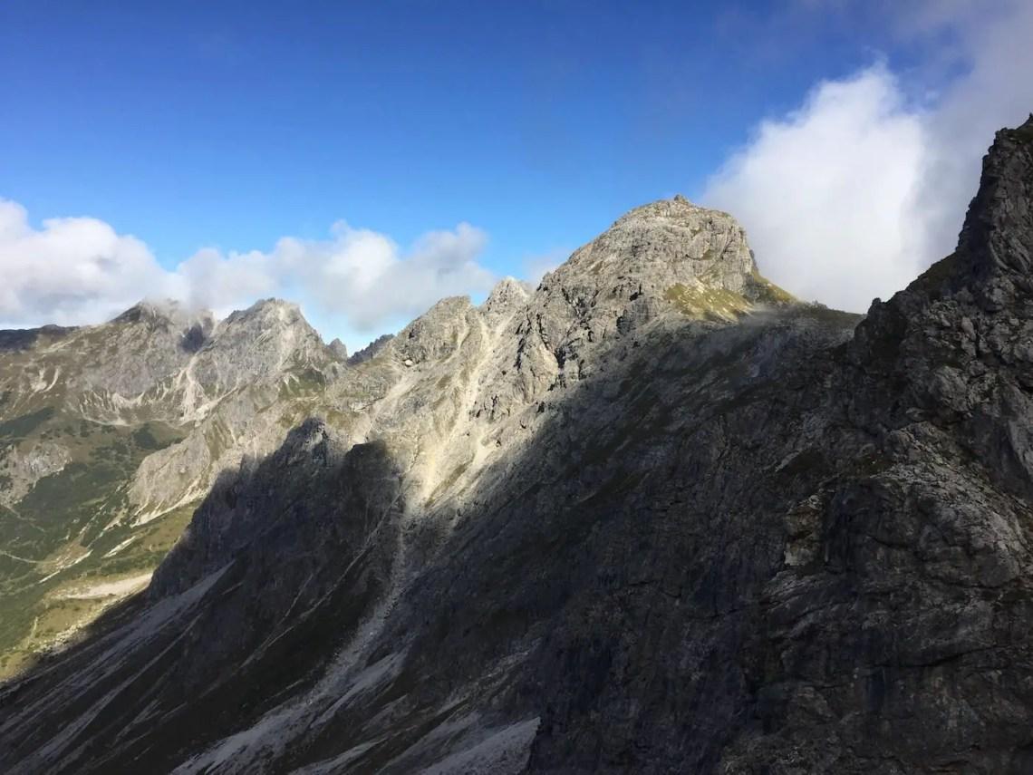 Blick vom Aufstieg in Richtung Mindelheimer Klettersteig