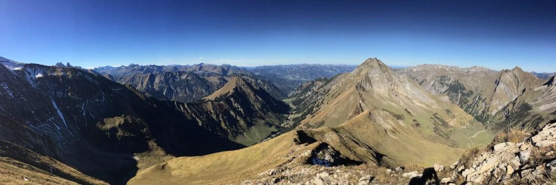 Panorama am Rauheck mit Dietersbach Tal und Oytal