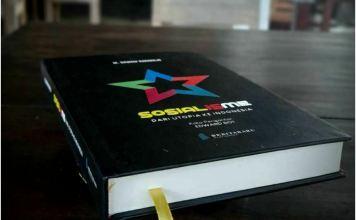 Buku Sosialisme dari Utopia ke Indonesia