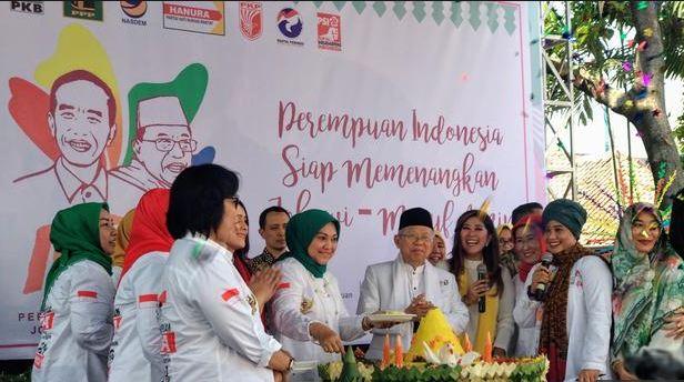 Ma'ruf di deklarasi Perempuan Indonesia untuk Jokowi dan KH Ma'ruf Amin (P-IJMA) di Rumah Aspirasi, Jl Proklamasi No 44-46, Pegangsaan, Menteng, Jakarta Pusat, Sabtu (22/9/2018).
