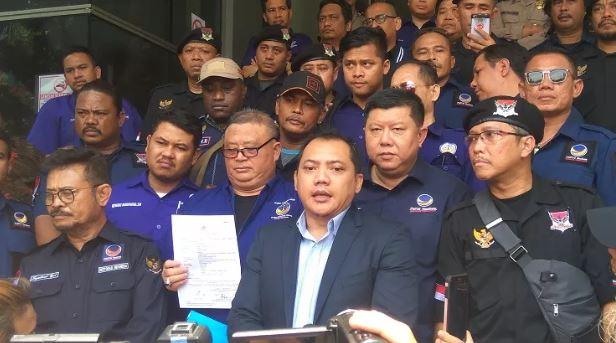 Partai Nasdem resmi laporkan Rizal Ramli ke Polda Metro Jaya.
