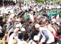 Warga Madura sangat antusias saat menyambut KH Ma'ruf Amin.