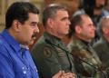 Nicolas Maduro saat bicara di hadapan jajaran pemerintahan dan militer Venezuela (Miraflores Palace/Handout via REUTERS).