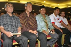 Sabam Sirait, Ganjar Pranowo, Said Agil Siradj, Maruara Sirait, Yudhi latief (Berita Foto Jakarta | Aljon Ali Sagara)