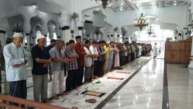 Photo of Pemerintah Izinkan Salat Tarawih dan Idulfitri di Masjid