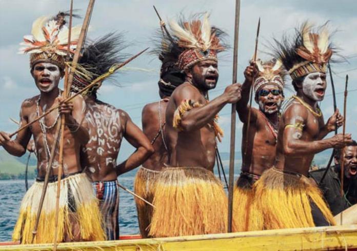 Berbagai Keunikan Baju Adat Khas Papua Berita Papua