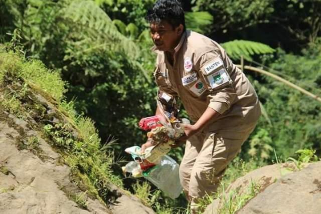 Herman Felani Kordinator Jaringan Aktivis Lingkungan Hidup Indonesia (JALHI)