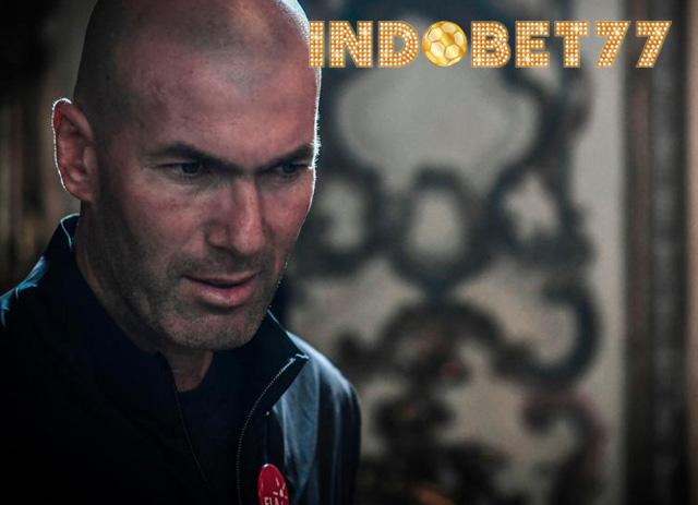 Zidane Di Sarankan Hati-hati, Resiko Dalam Menangani MU
