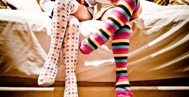 5-cara-tips-mencuci-membersihkan-sablon-kaos-kaki-jakarta-agar-supaya-tidak-bau-dan-melar