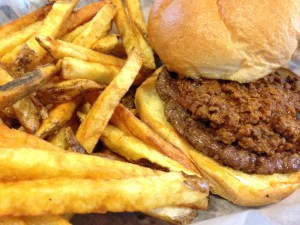 Hunt-s-Battlefield-Fries-Burger-Chili