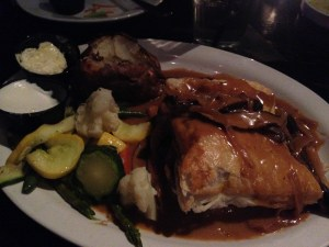 filet-tips-wellington-hitching-post